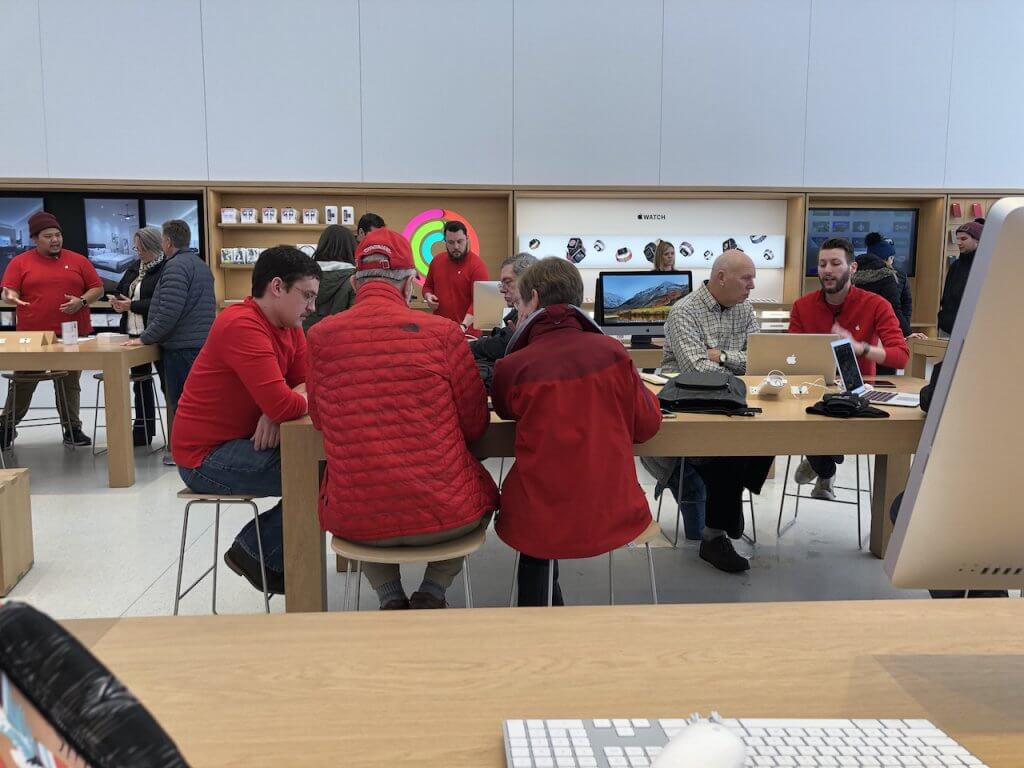 Knitting in the…..Apple Store?
